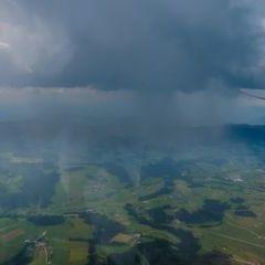 Flugwegposition um 12:01:55: Aufgenommen in der Nähe von Gemeinde Hohenau an der Raab, Österreich in 2126 Meter