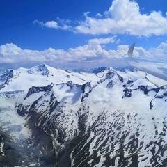 Flugwegposition um 12:54:17: Aufgenommen in der Nähe von Gemeinde Neukirchen am Großvenediger, Österreich in 3344 Meter