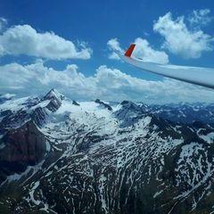 Flugwegposition um 13:05:16: Aufgenommen in der Nähe von Gemeinde Kaprun, Kaprun, Österreich in 2757 Meter
