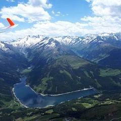Flugwegposition um 11:45:59: Aufgenommen in der Nähe von Gemeinde Wald im Pinzgau, 5742 Wald im Pinzgau, Österreich in 2711 Meter