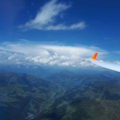 Flugwegposition um 11:31:14: Aufgenommen in der Nähe von Mittersill, Österreich in 2808 Meter