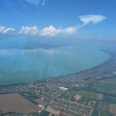 Flugwegposition um 13:23:17: Aufgenommen in der Nähe von Kreis Marcali, Ungarn in 1332 Meter
