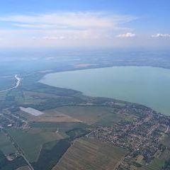 Flugwegposition um 13:23:33: Aufgenommen in der Nähe von Kreis Marcali, Ungarn in 1320 Meter