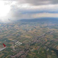 Flugwegposition um 15:06:18: Aufgenommen in der Nähe von Gemeinde Mattersburg, 7210 Mattersburg, Österreich in 1559 Meter