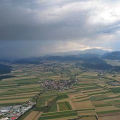 Flugwegposition um 15:15:32: Aufgenommen in der Nähe von Gemeinde Bad Fischau-Brunn, Österreich in 955 Meter