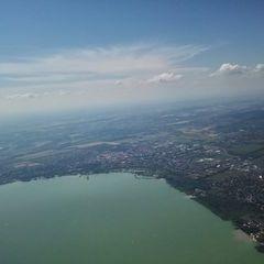 Flugwegposition um 13:25:53: Aufgenommen in der Nähe von Kreis Keszthely, Ungarn in 1214 Meter