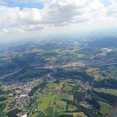 Flugwegposition um 14:15:22: Aufgenommen in der Nähe von Passau, Deutschland in 1565 Meter