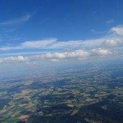 Verortung via Georeferenzierung der Kamera: Aufgenommen in der Nähe von Gemeinde Geboltskirchen, Geboltskirchen, Österreich in 2000 Meter
