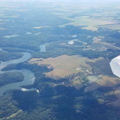 Flugwegposition um 13:47:56: Aufgenommen in der Nähe von Okres Znojmo, Tschechien in 1772 Meter