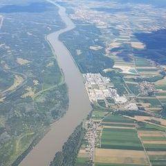 Verortung via Georeferenzierung der Kamera: Aufgenommen in der Nähe von Gemeinde Zwentendorf an der Donau, Österreich in 1800 Meter