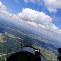 Flugwegposition um 10:35:01: Aufgenommen in der Nähe von München, Deutschland in 1737 Meter
