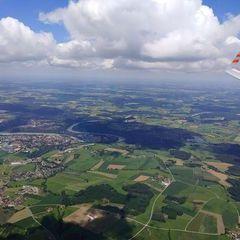 Flugwegposition um 10:05:07: Aufgenommen in der Nähe von Rosenheim, Deutschland in 1576 Meter