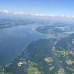Verortung via Georeferenzierung der Kamera: Aufgenommen in der Nähe von Weilheim-Schongau, Deutschland in 2100 Meter