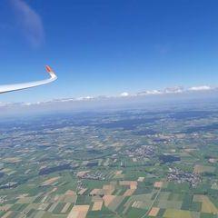 Flugwegposition um 13:15:25: Aufgenommen in der Nähe von Unterallgäu, Deutschland in 2041 Meter