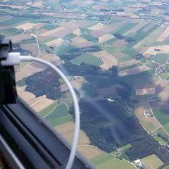 Flugwegposition um 12:38:57: Aufgenommen in der Nähe von Gemeinde Gurten, Gurten, Österreich in 1723 Meter