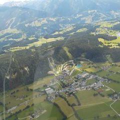Flugwegposition um 12:27:18: Aufgenommen in der Nähe von Gemeinde Haus, Österreich in 2562 Meter