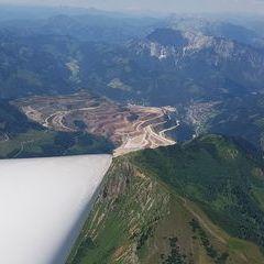Flugwegposition um 10:42:56: Aufgenommen in der Nähe von Gemeinde Turnau, Österreich in 2124 Meter