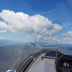 Flugwegposition um 09:03:10: Aufgenommen in der Nähe von Kapellen, Österreich in 1691 Meter
