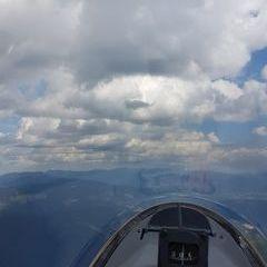 Flugwegposition um 13:02:30: Aufgenommen in der Nähe von Gemeinde Turnau, Österreich in 2007 Meter