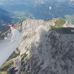 Flugwegposition um 11:04:42: Aufgenommen in der Nähe von Gaishorn am See, Österreich in 2327 Meter
