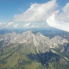 Flugwegposition um 12:15:22: Aufgenommen in der Nähe von Gemeinde Filzmoos, 5532, Österreich in 2512 Meter