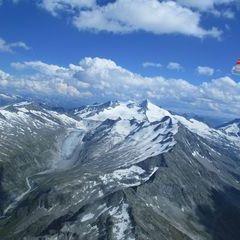 Flugwegposition um 13:56:40: Aufgenommen in der Nähe von Gemeinde Neukirchen am Großvenediger, Österreich in 3340 Meter
