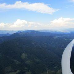 Flugwegposition um 15:56:04: Aufgenommen in der Nähe von Gemeinde St. Peter-Freienstein, Österreich in 1600 Meter
