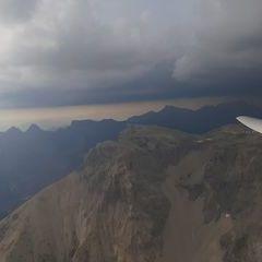 Flugwegposition um 15:18:46: Aufgenommen in der Nähe von Département Hautes-Alpes, Frankreich in 2718 Meter