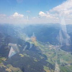 Flugwegposition um 12:55:02: Aufgenommen in der Nähe von Rottenmann, Österreich in 2328 Meter