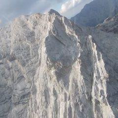 Flugwegposition um 17:02:30: Aufgenommen in der Nähe von Gemeinde Absam, Absam, Österreich in 2530 Meter
