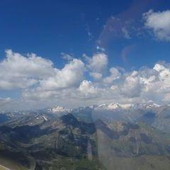 Flugwegposition um 11:24:33: Aufgenommen in der Nähe von Gemeinde St. Veit in Defereggen, 9962, Österreich in 3203 Meter