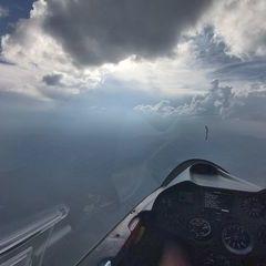 Flugwegposition um 16:23:53: Aufgenommen in der Nähe von Département Hautes-Alpes, Frankreich in 2830 Meter