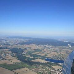 Flugwegposition um 15:59:06: Aufgenommen in der Nähe von Gemeinde Ebenfurth, Österreich in 1428 Meter