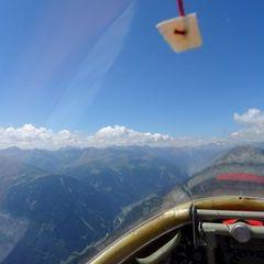 Flugwegposition um 10:45:27: Aufgenommen in der Nähe von Gemeinde Kals am Großglockner, 9981, Österreich in 2567 Meter
