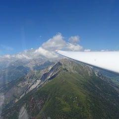 Flugwegposition um 10:45:30: Aufgenommen in der Nähe von Gemeinde Kals am Großglockner, 9981, Österreich in 2561 Meter