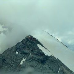 Flugwegposition um 13:39:09: Aufgenommen in der Nähe von Gemeinde Heiligenblut, 9844, Österreich in 3234 Meter