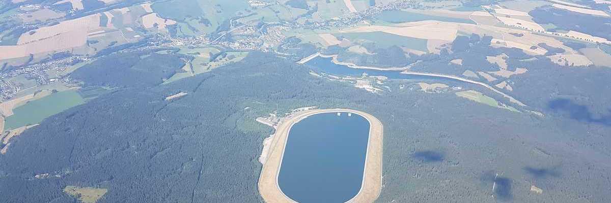 Flugwegposition um 13:23:28: Aufgenommen in der Nähe von Erzgebirgskreis, Deutschland in 2038 Meter