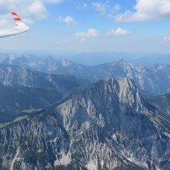 Flugwegposition um 13:16:50: Aufgenommen in der Nähe von Halltal, Österreich in 1798 Meter