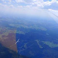 Flugwegposition um 12:27:20: Aufgenommen in der Nähe von Freyung-Grafenau, Deutschland in 2344 Meter
