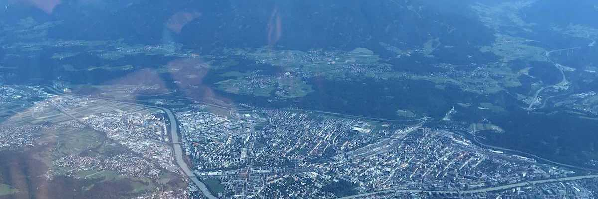 Flugwegposition um 13:51:54: Aufgenommen in der Nähe von Innsbruck, Österreich in 2621 Meter