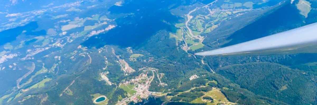 Flugwegposition um 10:21:43: Aufgenommen in der Nähe von Gemeinde Trattenbach, 2881 Trattenbach, Österreich in 2432 Meter