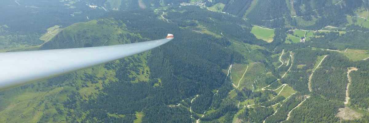 Flugwegposition um 10:54:09: Aufgenommen in der Nähe von Gemeinde Kammern im Liesingtal, Österreich in 1809 Meter