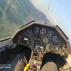 Flugwegposition um 17:31:25: Aufgenommen in der Nähe von Gemeinde Wagrain, 5602, Österreich in 1485 Meter