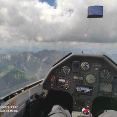 Flugwegposition um 10:20:20: Aufgenommen in der Nähe von Gemeinde Flachau, Österreich in 2425 Meter