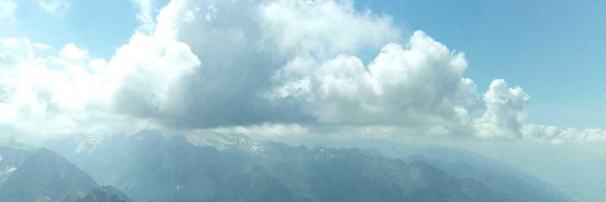 Flugwegposition um 13:01:26: Aufgenommen in der Nähe von Gemeinde Fusch an der Großglocknerstraße, 5672 Fusch an der Großglocknerstraße, Österreich in 2739 Meter