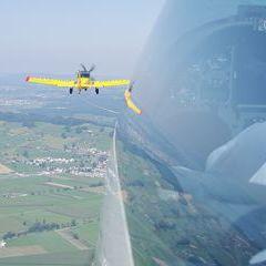 Verortung via Georeferenzierung der Kamera: Aufgenommen in der Nähe von March, Schweiz in 1100 Meter