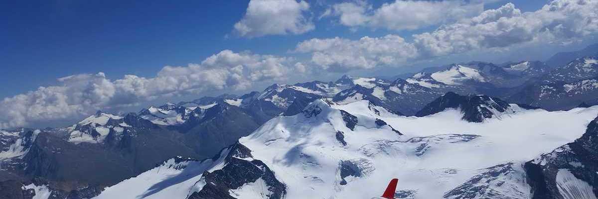 Flugwegposition um 13:10:26: Aufgenommen in der Nähe von Gemeinde St. Leonhard im Pitztal, 6481, Österreich in 3917 Meter