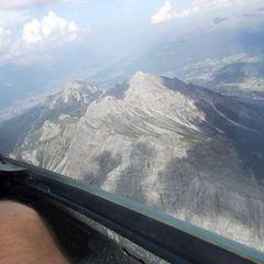 Flugwegposition um 15:00:29: Aufgenommen in der Nähe von Gemeinde Grinzens, Österreich in 2965 Meter