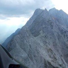 Flugwegposition um 15:55:24: Aufgenommen in der Nähe von Gemeinde Absam, Absam, Österreich in 2132 Meter