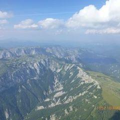 Flugwegposition um 13:52:21: Aufgenommen in der Nähe von Gemeinde Aigen im Ennstal, Österreich in 2685 Meter